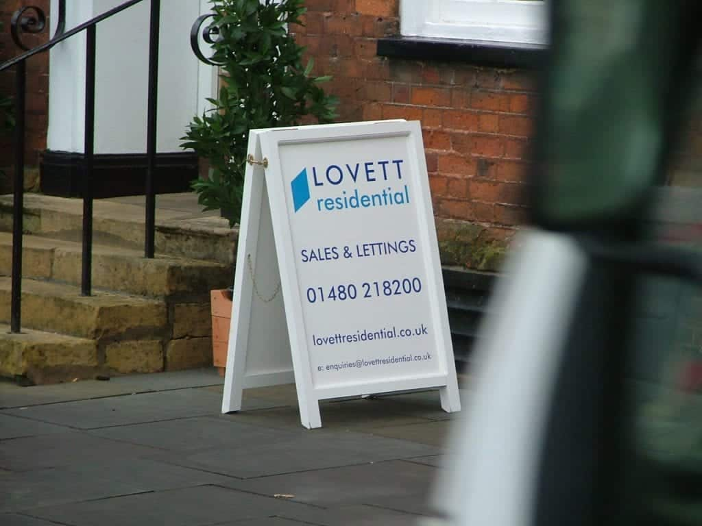 Pavement Boards Supplier Bishops Stortford First Signs And Labels
