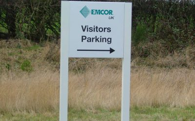 Visitor Parking Sign with arrow